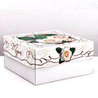 """Коробка для торта """"Белые розы"""""""